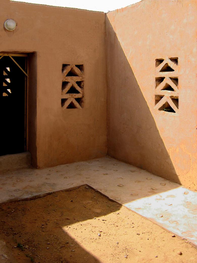 G moretti studio for Disegni cortile anteriore per semplice casa ranch